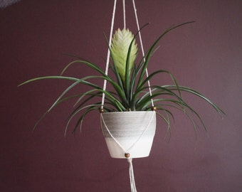 Flexible Adjustable Fits All - Modern Hanging Planter - White String
