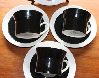 Seven Piece Mikasa Duplex Ben Seibel Black Flat Cup and Saucers -- 3 Cups, 4 Saucers -- Japan -- Black, White, Circle, Coffee, Teacup, Cup
