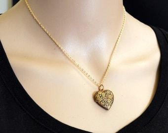 Antique Heart Locket, Vintage Locket, Vintage Heart Locket, Forget Me Not, Flower Locket, Locket Necklace, Pendant Necklace