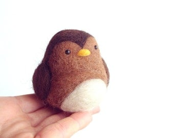 Needle Felted Bird, needle felted animal, Bird ornament, Felted Sparrow, Spring Home Decor, Needle felted Cute Bird FREE SHIPPING