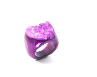 Size 8.5 Agate Ring