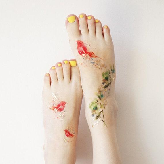 Small Canada Tattoo: Green Blossom Metallic Small Temporary Tattoo