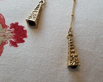 Lariat Gold Recycled with Vintage-findings Modern Necklace Black Bead
