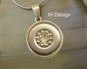 IH design trend Silver Pendant with Rhinestone (choice of color) & with trendy chain