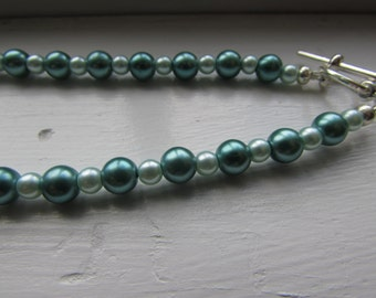 Teal and Seafoam Green Faux Pearl Necklace