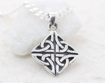 Trinity necklace, sterling silver unisex triquetra necklace, celtic Trinity knot. necklace. Irish knot mens necklace , mens necklaces. 076