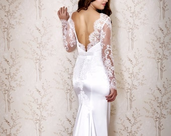 Long Sleeve Wedding Dress  / Bridal dress with lace sleeves/ Low back Wedding dress