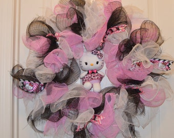 SALE!!!!! Hello Kitty Wreath