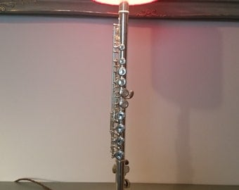 Flute instrument table lamp