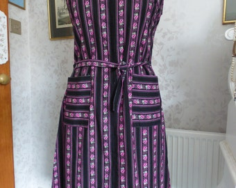 Cute 1970s cotton flower & stripe print belted dress, large size, sundress, party, holiday. Pockets!