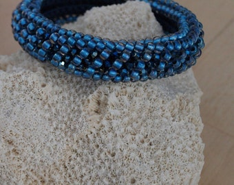 Beaded Bracelet with Swarovski/ Beaded Crochet Bracelet/ Beaded Bracelet/ Beadwork/ Armband/ Häkelarmband