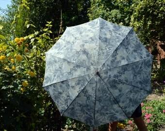 Vintage umbrella Rain umbrella Retro umbrella Floral umbrella Folding umbrella Ladies umbrella Victorian umbrella Womens umbrella