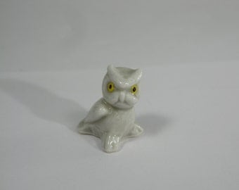 Wade Whimsies Snowy Owl with Yellow Eyes RARE