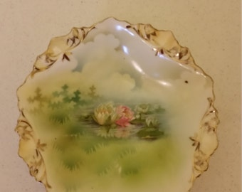 "rare antique rs prussia bowl - early pattern 1880 - 1917 - hand painted water lillies floral print - 5 1/2"" dish scalloped edge gilt trim"