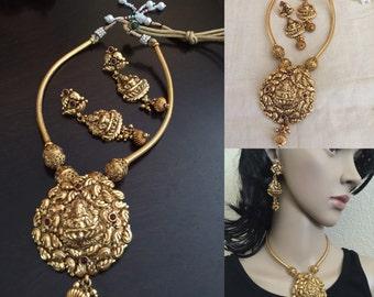 Indian jewelry / kemp necklace set/lakshmi pendant/south indian jewelry/ethnic necklace/kemp necklace set/kemp jhumkas/choker