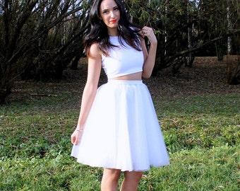 Tulle skirt, white tulle skirt, women tulle skirt, adult tulle skirt, short tulle skirt, skirt, white skirt, wedding skirt, bridal skirt.