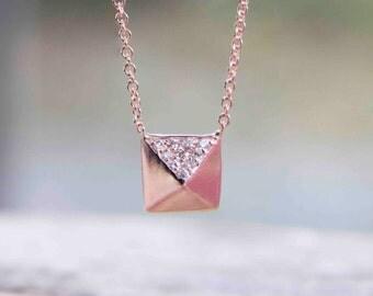 Heat Diamond Pyramid Necklace
