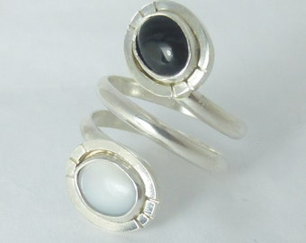 Black & White Two Stone Swirly Sterling Silver 925 Ring by SmithSilver
