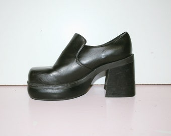 UK 6 / UK 4 / 90s Chunky Platform Shoes / Slip Ons Grunge Goth Booties Loafers Shoes