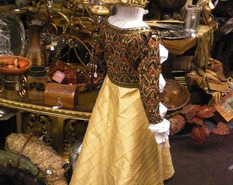 Girl's Tudor Gown, Shift and Hood - size 6/7