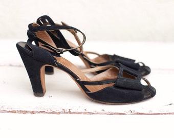 VINTAGE 50s NEWTON ELKIN black suede strappy heels Size 9