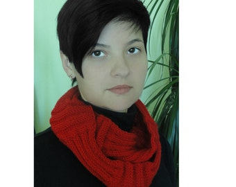 Infinity scarf, hand-knit winter scarf, colors red,white, brown, red with a black and under the order, natural on JoyMax