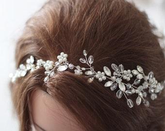 Bridal Headpiece, Crystal Bridal Hair Piece, Cristal and Pearl Bridal Headpiece, Bridal Hair Halo, Crystal and Pearl Wedding Hair Piece.