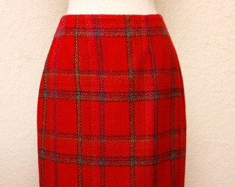ELLEN TRACY Red Skirt