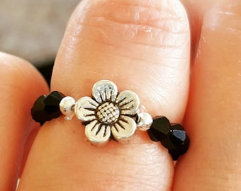 Black Faceted Daisy Bead Ring