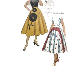 1950s Vintage Sewing Pattern - Simplicity 3560 - Circle Skirt