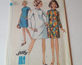 Simplicity 7380 Vintage Cut Sewing Pattern 1960s Mod A-Line Tunic Minidress Size 10