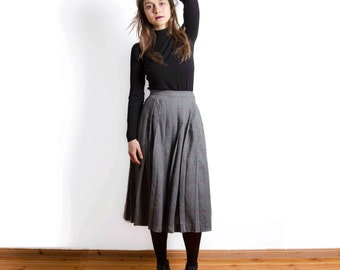 Vintage 80s Wool Grey Pleated Wool Check School Girl Midi Grunge Tartan Skirt // Size UK 8