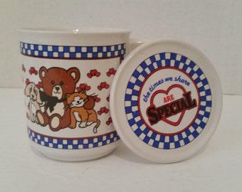 Vintage Friends Mug with Lid