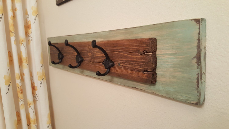 towel hook rustic towel rack reclaimed wood bathroom. Black Bedroom Furniture Sets. Home Design Ideas
