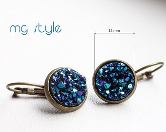 Stylish earrings