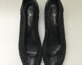 On Sale** Women's Vintage 9 West Woven Black Leather Peep Toe Shoes Sandals Size 8