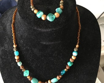 Hand crafted Necklace matched bracelet