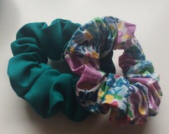 2x Floral Hair Scrunchies