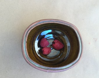 Stoneware Amber Squared Bowl Soda-Fired Stonware