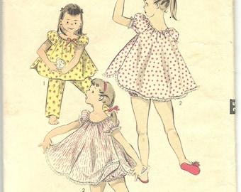 Vintage Sewing Pattern Girls Pajamas 1960s