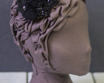 Black Mixed Floral Lace Embellished Headpiece with Comb
