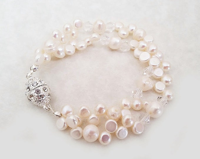 Freshwater Pearl Bracelet with Magnetic Clasp