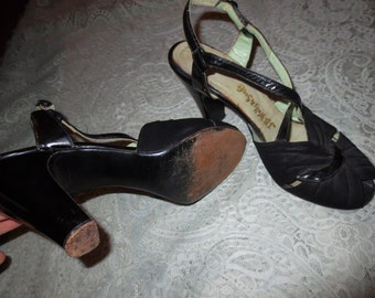 Vintage 1940's WWII Black Suede Heels Leather Peep Toe Strappy 4 Inch ~Size 8