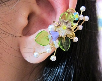Flower Ear Cuff - Green Ear Cuff - Flower Earcuff - Nature Ear Cuff - Nature Earcuff - Cuff Earring - Bridal Ear Cuff - Bridal Earcuff