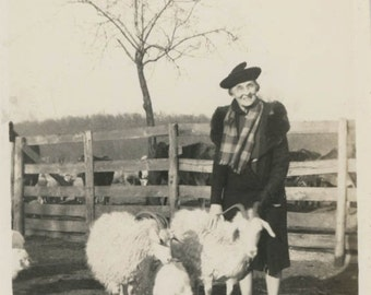 vintage photo 1944 Woman w Pet Sheep Ram Family Rodgers Arkansas