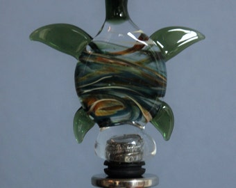 Green and Caramel Turtle Wine Stopper