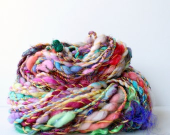 handspun yarn, hand spun yarn, handspun art yarn, boucle yarn, free spirited, chunky yarn, chunky wool yarn, wool .. rainbow smash
