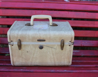 Vintage Ivory Marbleized Samsonite Train Case/Overnight Suitcase