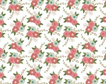 Wonderland Floral White - 1/2 Yard
