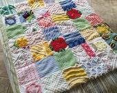 kalakoa . . . vintage chenille infant baby patchwork quilt